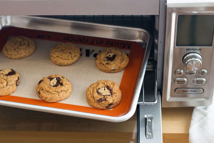 Cuisinart Chef's Convection Toaster Oven is great for baking a small batch of cookies.