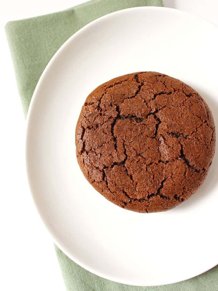 Chewy Molasses Spice Cookies for Two, indulge your spicy cookie ...