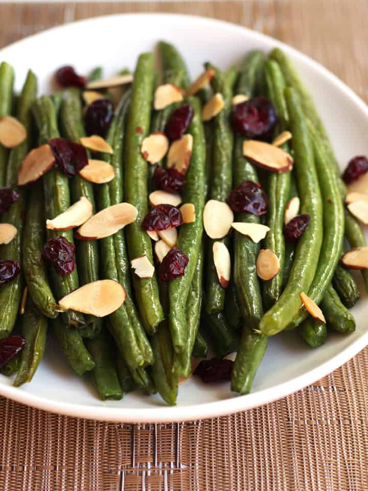 Add a fresh and tasty green been dish to your dinner table in less than 30 minutes with this simple recipe for Toaster Oven Roasted Green Beans.