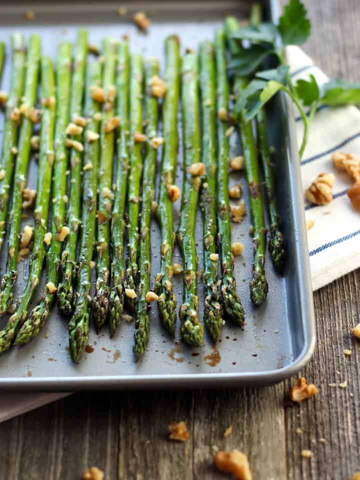 Toaster Oven Roasted Asparagus Spears. Quickly roast enough fresh asparagus for two using your toaster oven. Drizzle with balsamic vinegar for a delicious veggie side dish.