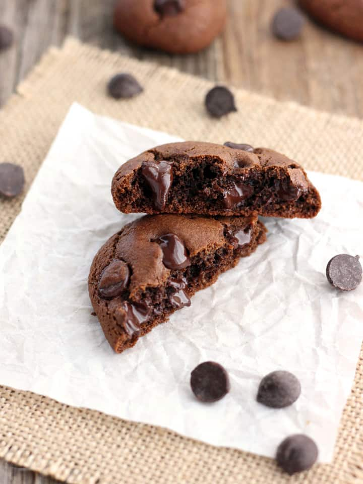 Toaster Oven Double Chocolate Cookies. 30 minutes, one bowl and less than 10 ingredients in these chewy brownie-like cookies that are lightly crispy on the outside and fudgy on the inside.
