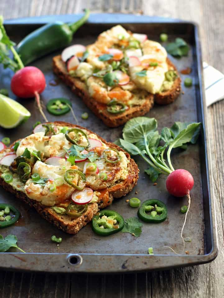 Healthy Toaster Oven Appetizers: Spicy Avocado Cauliflower Toasts