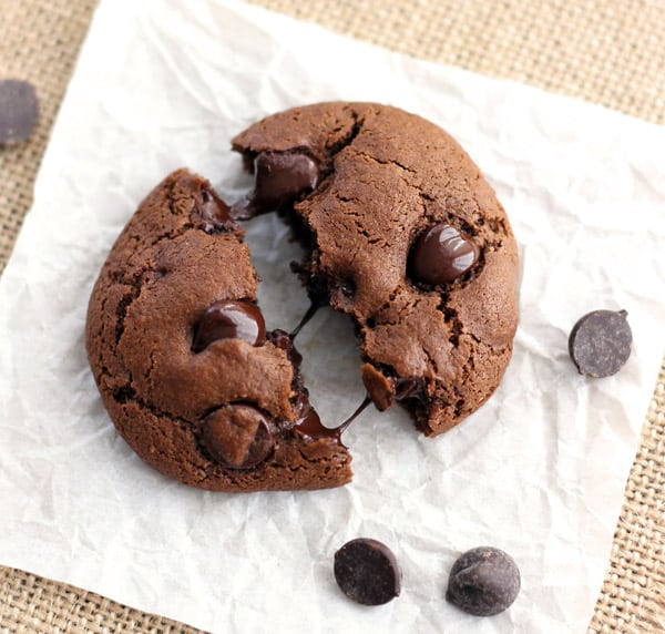 convection-chocolate-chip-cookies