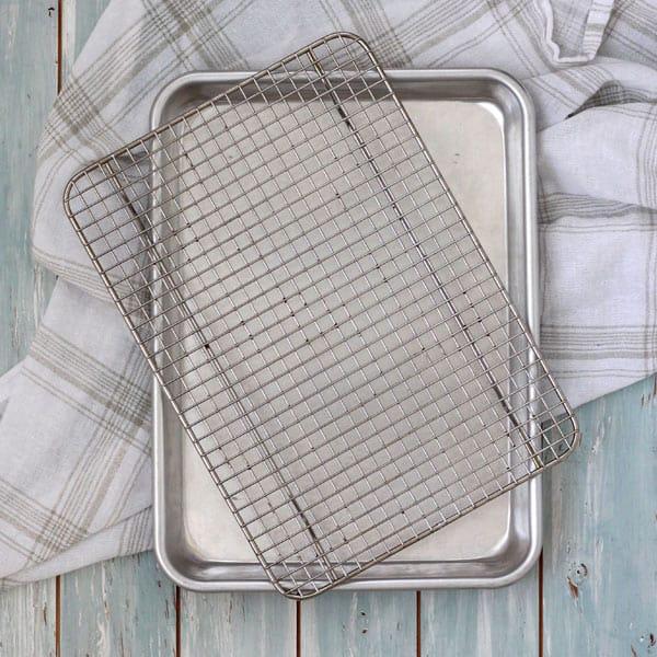 Quarter Sheet Pan with Rack